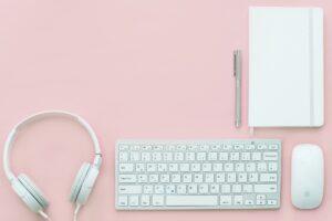 Outsourcing w tłumaczeniach – korzyści i  krótka charakterystyka